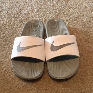 Size 7 Nike slides